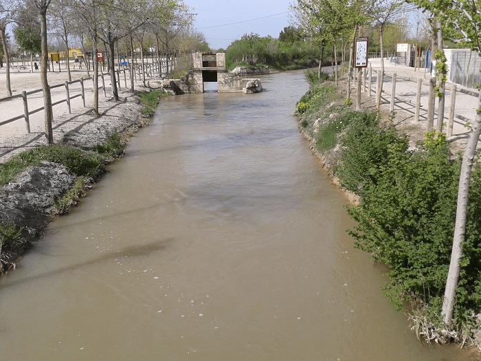 Permanecen cortados caminos y vías cercanos al Canal de María Cristina